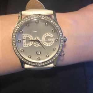 Auth. Dolce & Gabbana Gloria white leather watch